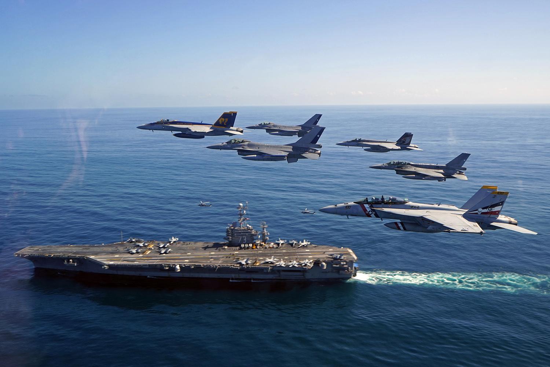 Photo of F-16 FACH y F-18 US NAVY en Blue Sky V