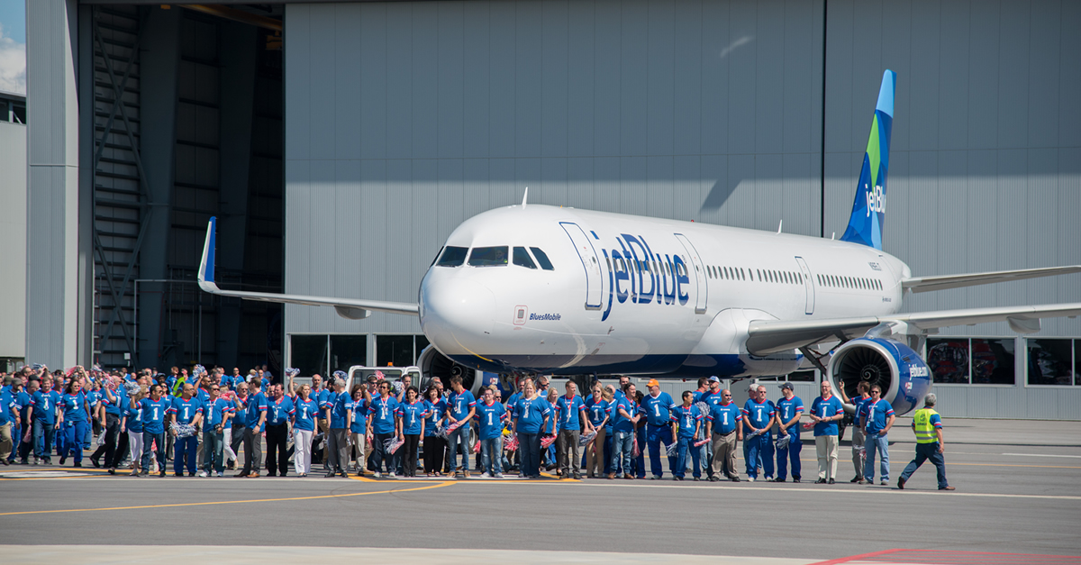 Airbus entrega a JetBlue su primer avión producido en Estados Unidos