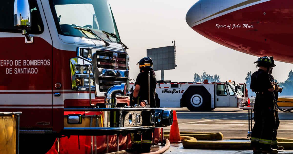 Despliegue de aeronaves en G10 y DGAC con bomberos por incendios forestales