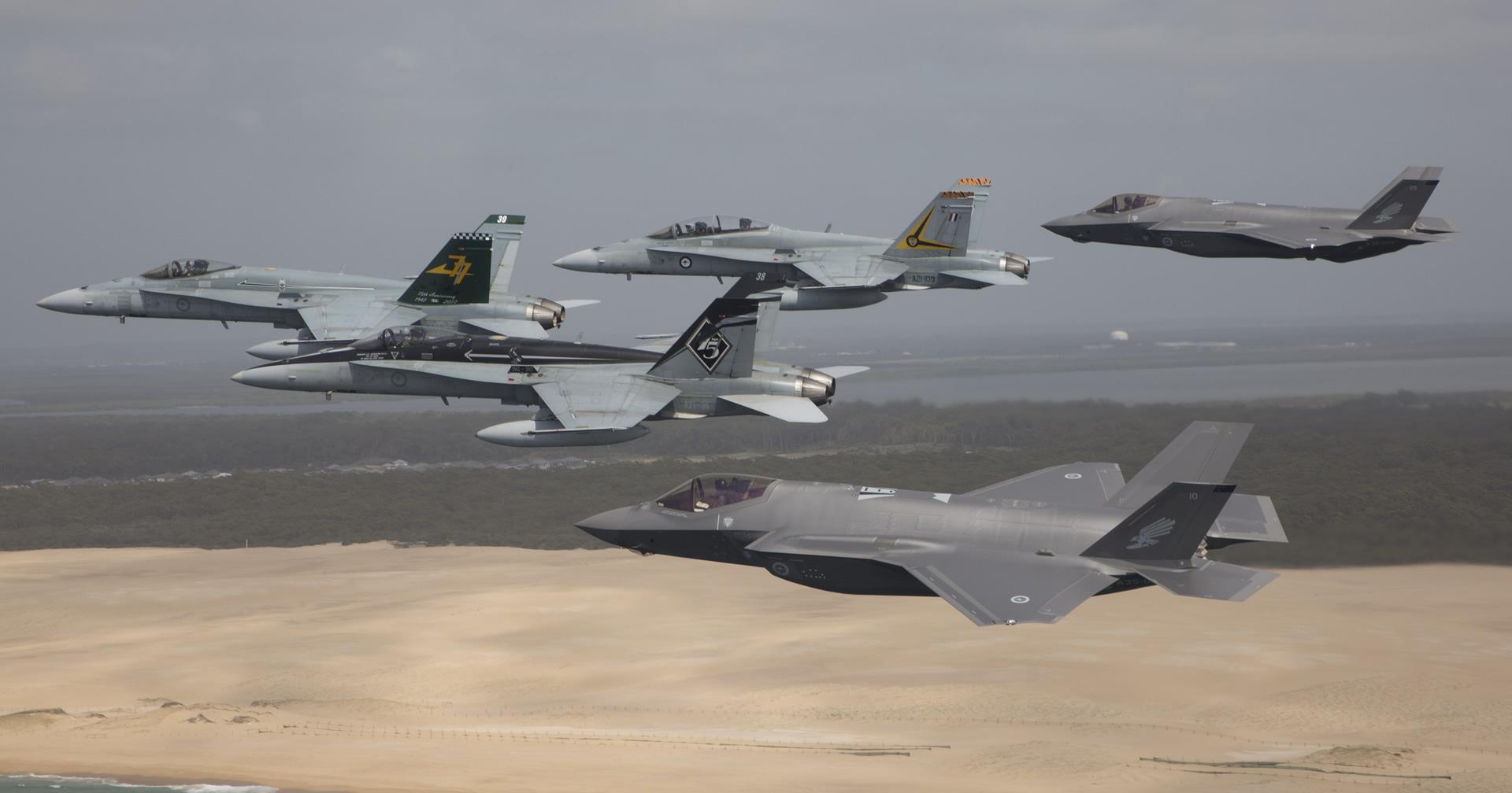 Arriban los primeros F-35A Lightning II a la RAAF Williamtown Heralding de Australia